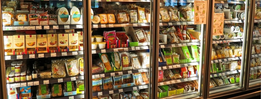 retail store - why retailers should use a merchandising app